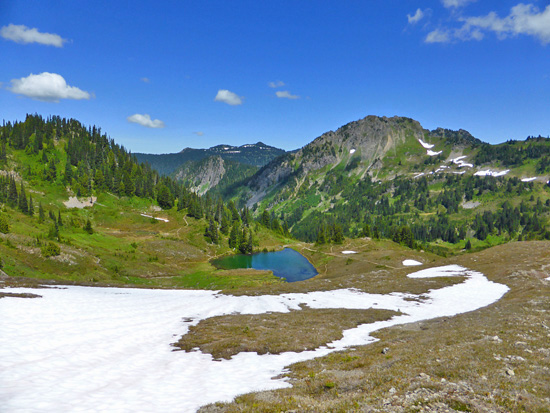 View across the Heart Lake Basin from High Divide